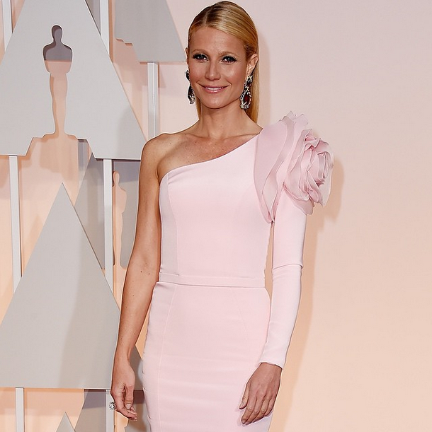 <p>Gwyneth Paltrow chose the classic, Essie Mademoiselle for her Oscar mani. Nails by Tracey Sutter. Image via @essiepolish&nbsp;</p>