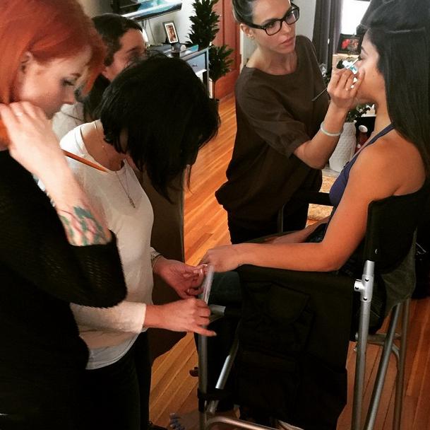 <p>Celebrity manicurist Patty Caresosa getting Gina Rodriguez Oscar-ready. Image via @nails_by_patty</p>