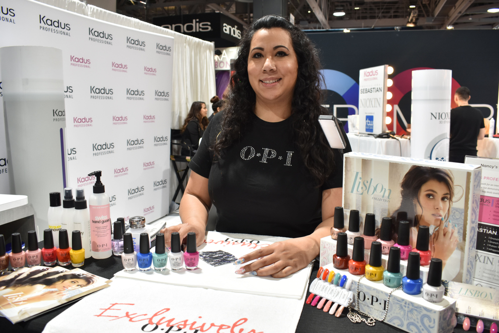 <p>Galdina Jimenez did a Facebook Live demoing art with OPI's new Lisbon collection</p>