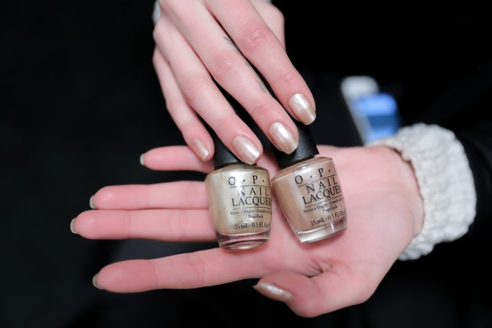<p>OPI Cosmo-not Tonight Honey and Up Front and Personal made for elegant nails at Reem Acra.</p>