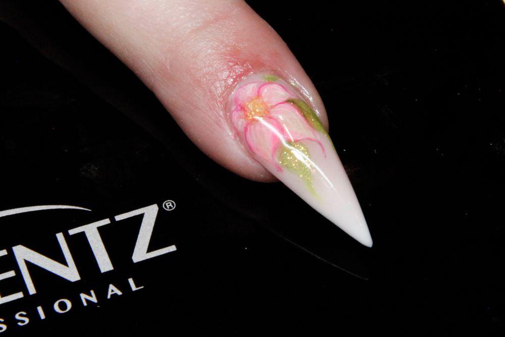 <p>Flora nail art over a baby boomer stiletto by Gina Rinaldi-Silvestro, Akzentz educator</p>
