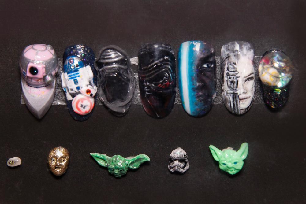 "<p>Star Wars nail art by Noriko Masuda (<a href=""https://www.instagram.com/i_am_noriko/"">@i_am_noriko</a>)</p>"