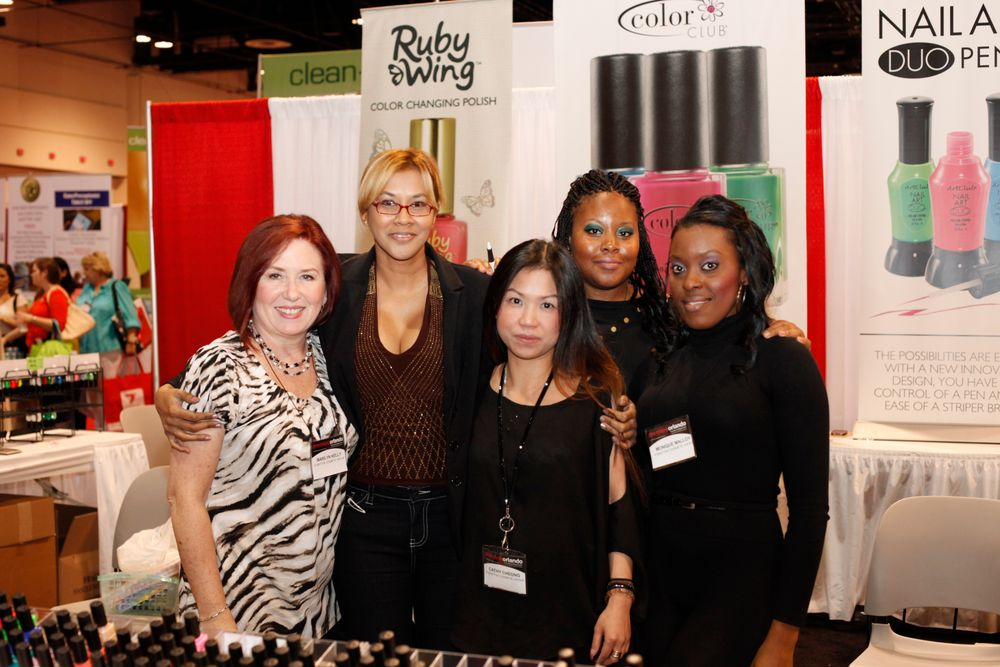 <p>Marilyn Kelly, Tricia Abveen, Forsythe&rsquo;s int&rsquo;l sales rep Cathy Cheong, Nicole Mattay, and Monique Mattay helped attendees to Color Club and Ruby Wing polish.</p>
