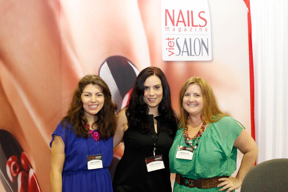 <p>Star's Elaine Watson (center) stops by the NAILS booth to visit with Beth Livesay and Hannah Lee.</p> <p>&nbsp;</p>
