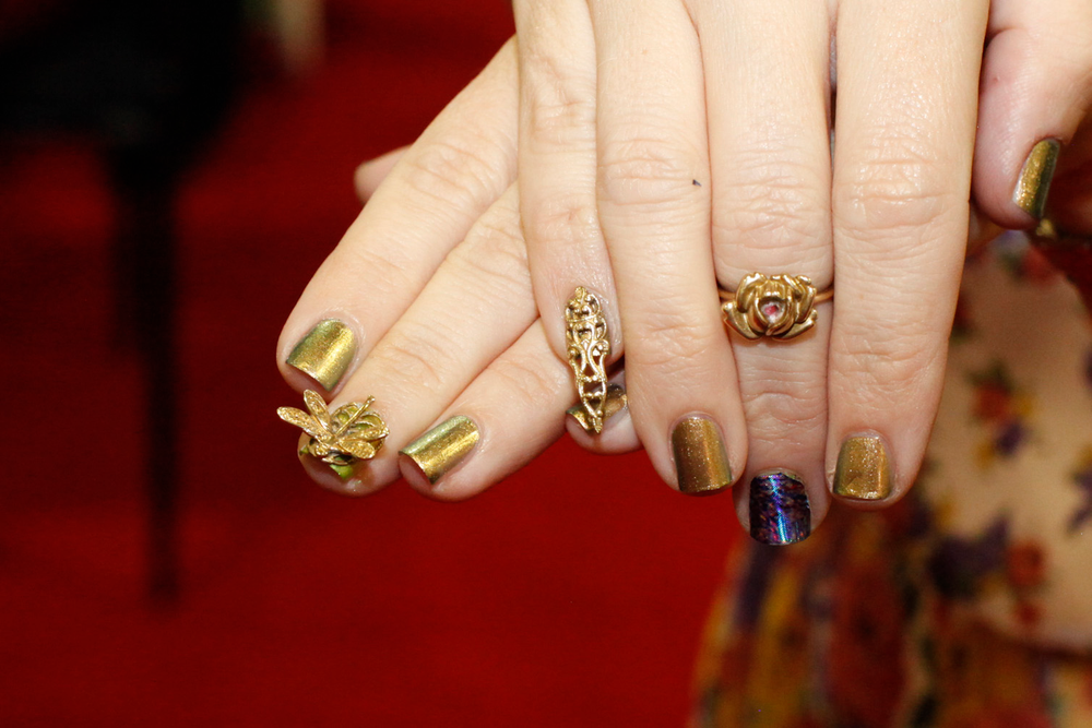 <p>Su Laing's Nail Veils received positive remarks on the show floor.</p>