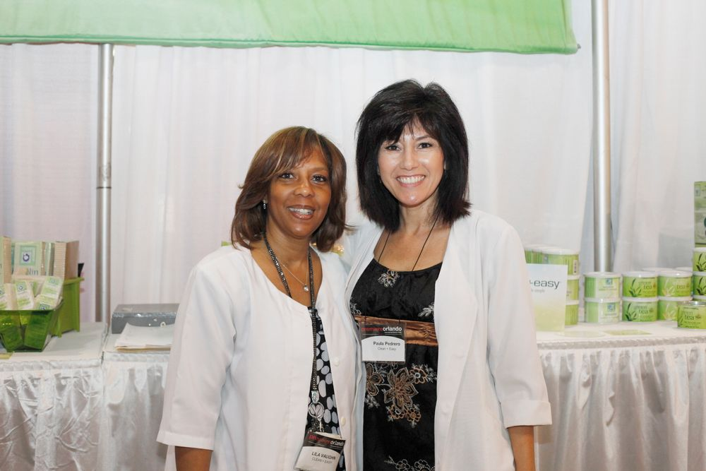 <p>Clean + Easy's Lily Vaughn and Paula Pedrero promoted the company's wax products.</p>
