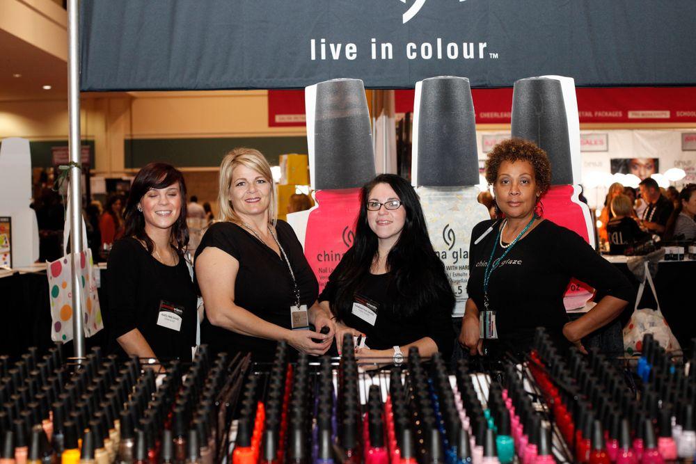 <p>The China Glaze team: Kaitlin Davis, Lorene Golling, Samantha Davis, and Lynn Long</p>