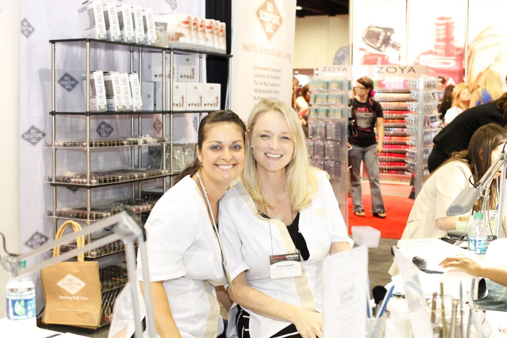 <p>BioSculpture Gel&rsquo;s Marilyn Castorina and Tera Anway showed off the company&rsquo;s more than 170 Soak-Off gel colors.</p>