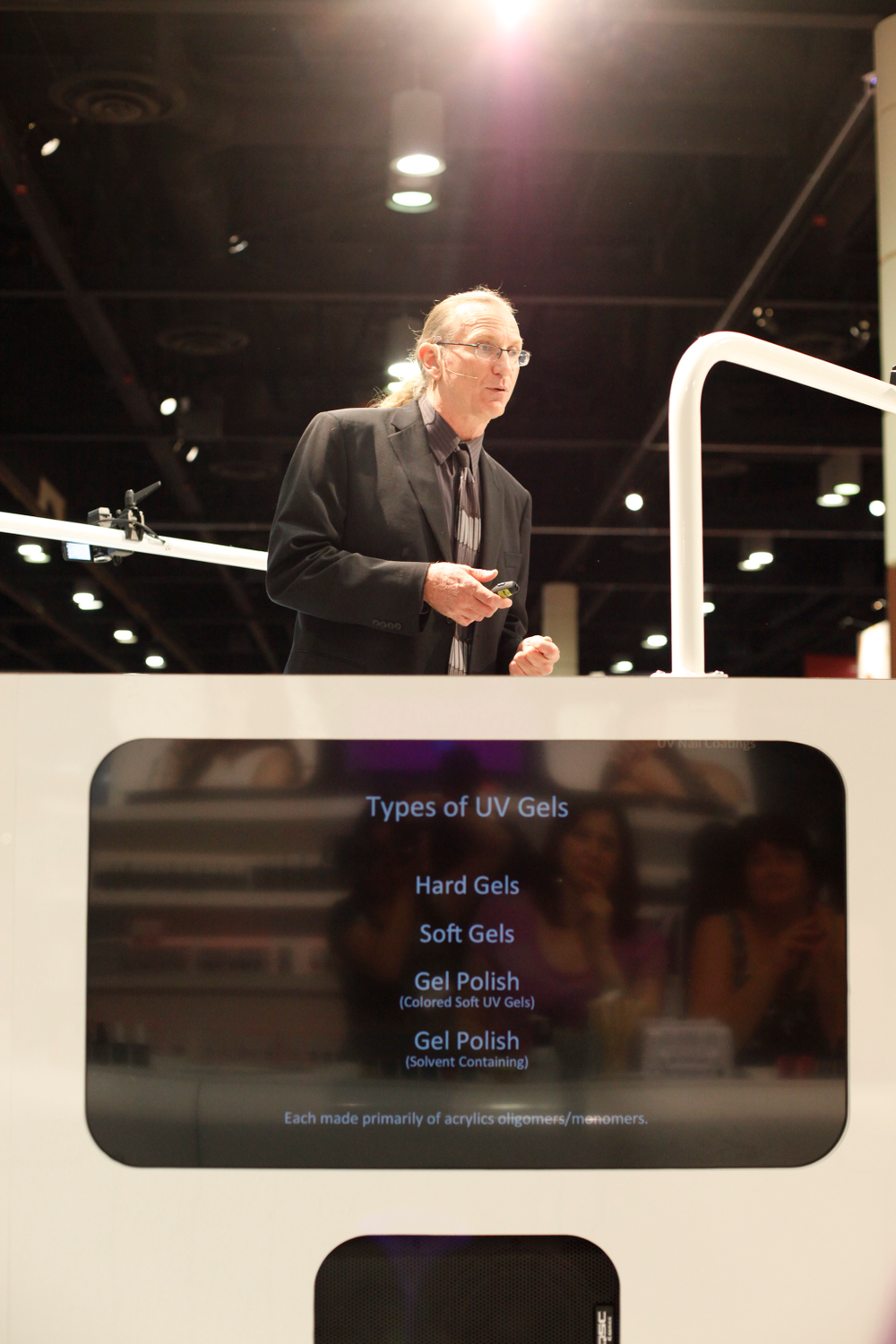 <p>CND unveiled its new booth complete with a 360-degree main stage. CND&rsquo;s chief scientist, Doug Schoon, presented the science of gels and UV lamps to the surrounding crowd.</p>