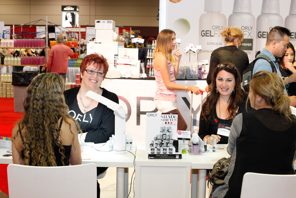 <p>Orly artists Sam Biddle and Annamaria Patey demoed Orly&rsquo;s new GelFX Shade Shifter.</p>