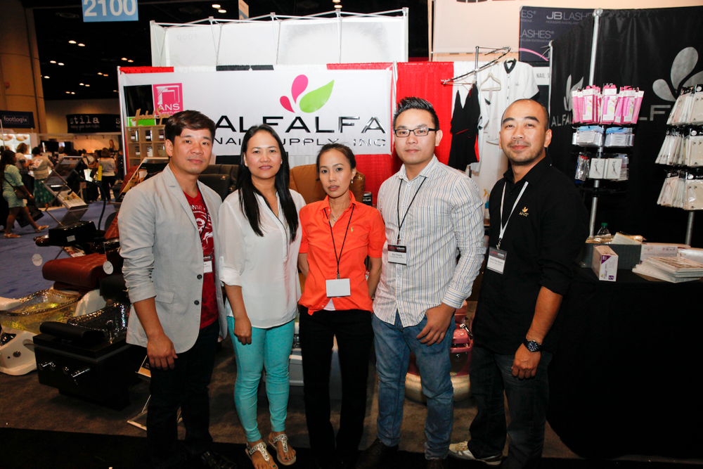 <p>Alfalfa Nail Supply&rsquo;s Dat Ton, Tina Nguyen, Anh Nguyen, Duy Truong, and Kevin Nguyen</p>