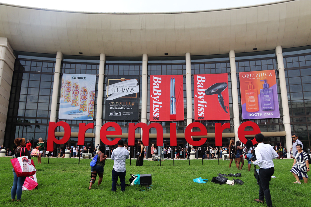 <p>The life-sized Premiere letters outside the convention center was a gathering spot for attendees.</p>