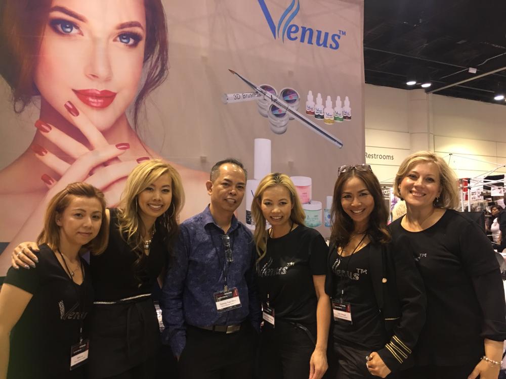 <p>Venus Beauty system team</p>