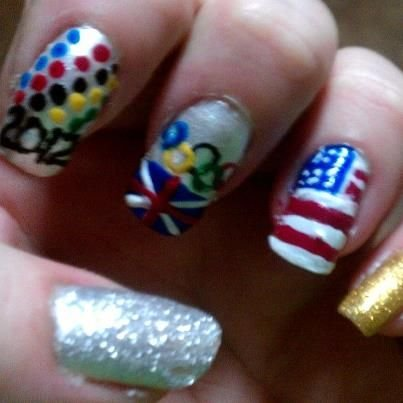 <p>Rachel Dishman created these Olympics inspired nails.</p>