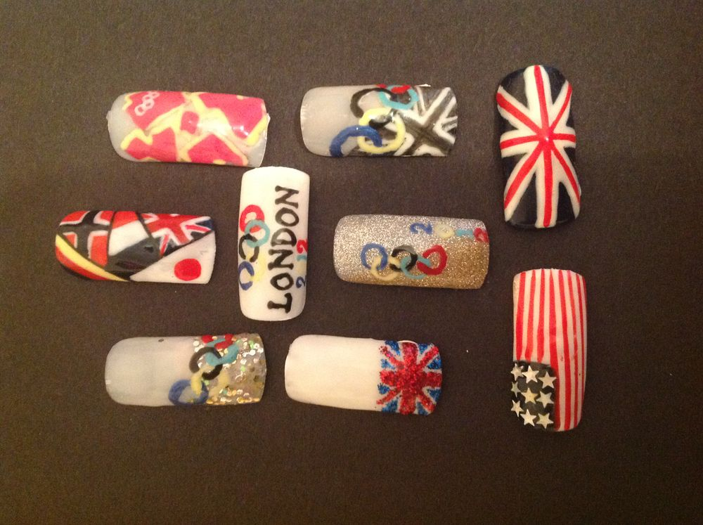 <p>Rachel gribble is a freelance nail and beauty educator working for The Art of Nails and is from South West United Kingdom.</p>
