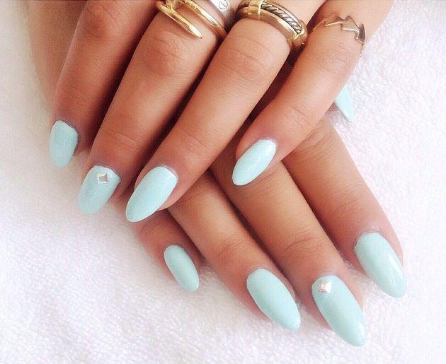 <p>Celebrity nail stylist Whitney Gibson polished Rita Ora's nails for the MTV Movie Awards using Tiffany Blue from Ora's Rimmel London line. Image via @whitneygnails.</p>