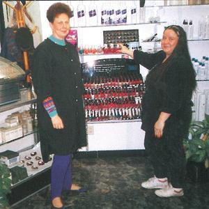 Connie Lockwood (left), owner of Trendi's in Flint, Mich., and Sandra Lee Kipp show off Trendi's...