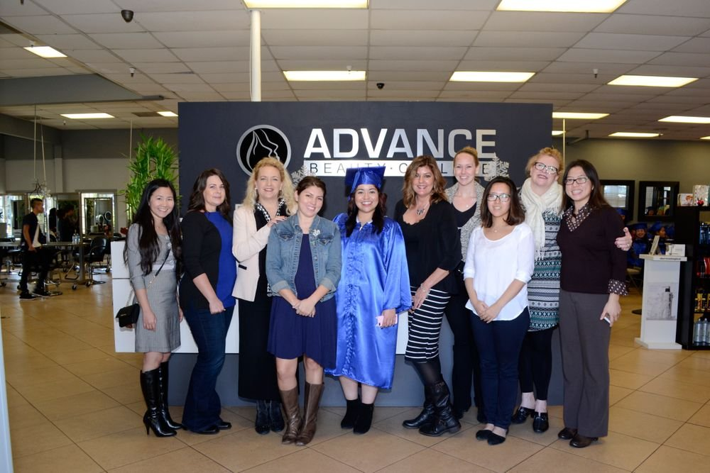 <p>The NAILS and VietSALON staff with associate editor and new nail school graduate Sigourney Nu&ntilde;ez.</p>