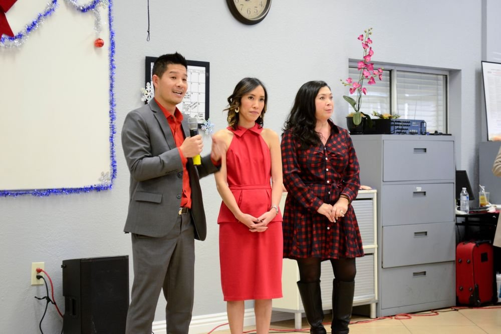 <p>Advance Beauty College owners Tam and Linh Nguyen</p>
