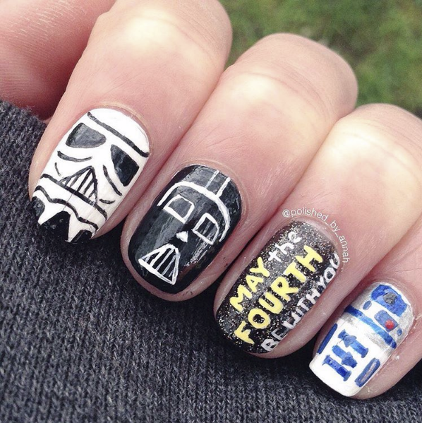 """<p>Stormtrooper, Darth Vader, and R2D2 nail art by <a href=""""https://www.instagram.com/polished_by_annah"""">@polished_by_annah</a></p>"""