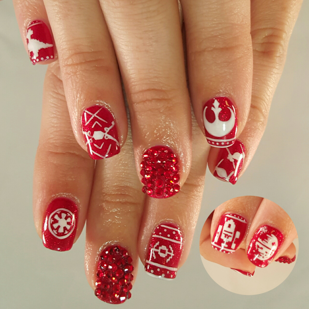 """<p>Ugly Christmas Sweater Star Wars nails by <a href=""""https://instagram.com/toesonthegoes"""">Liza Waitzman</a>, Toes On the Goes, San Diego, Calif.</p>"""