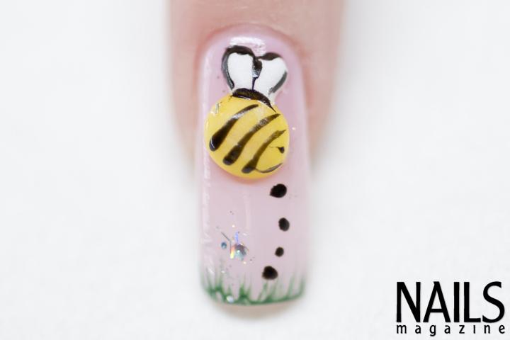 Troubleshooter: 3-D Acrylic Bumblebee