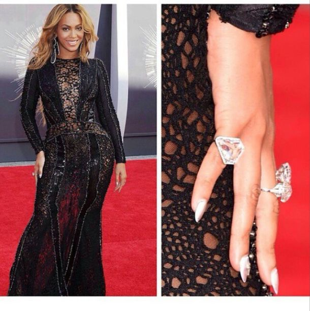 <p>Celebrity manicurist Lisa Logan polished Beyonce's nails to metallic perfection. Image via @lisa_logan.</p>