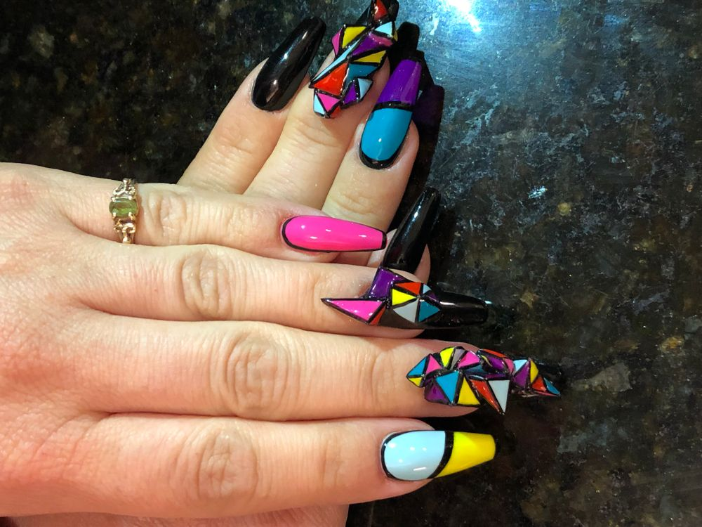 <p>Season 5 champion Valerie Ducharme's nails for Premiere Orlando. </p>