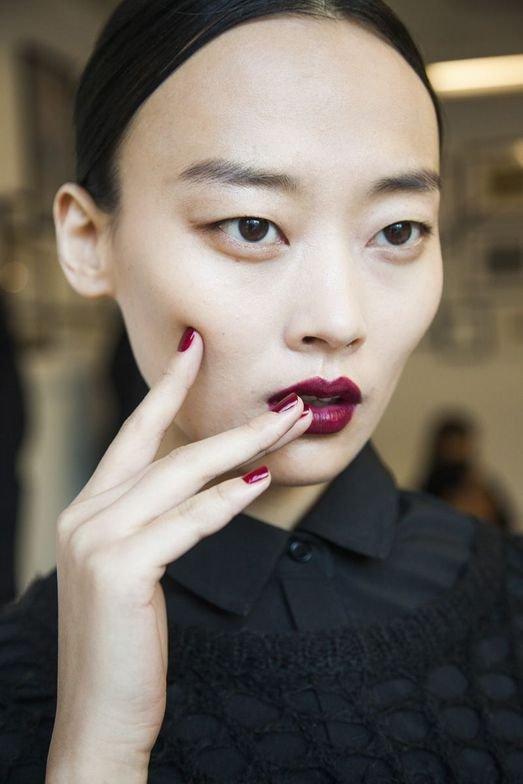 <p>BOLD COLOR: A sexy, custom Zoya Red (not yet available) adorned the nails at Peter Som&rsquo;s first digital Fashion Week Showing. Photo courtesy zoya.com</p>
