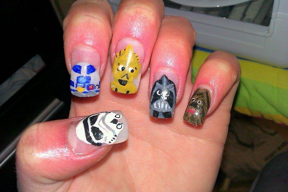 "<p>Nails by <a href=""http://nailartgallery.nailsmag.com/alison_bold"">Alison Bold</a>, Liverpool, U.K.</p>"