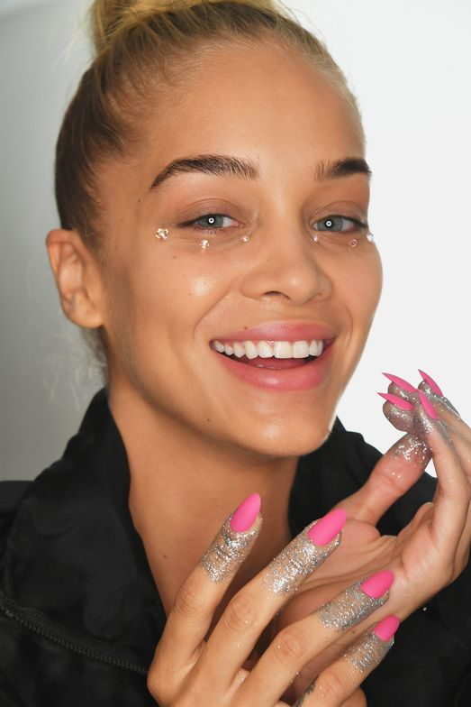 <p>CND's nail look complemented the futuristic feel of Jeremy Scott's collection.</p>