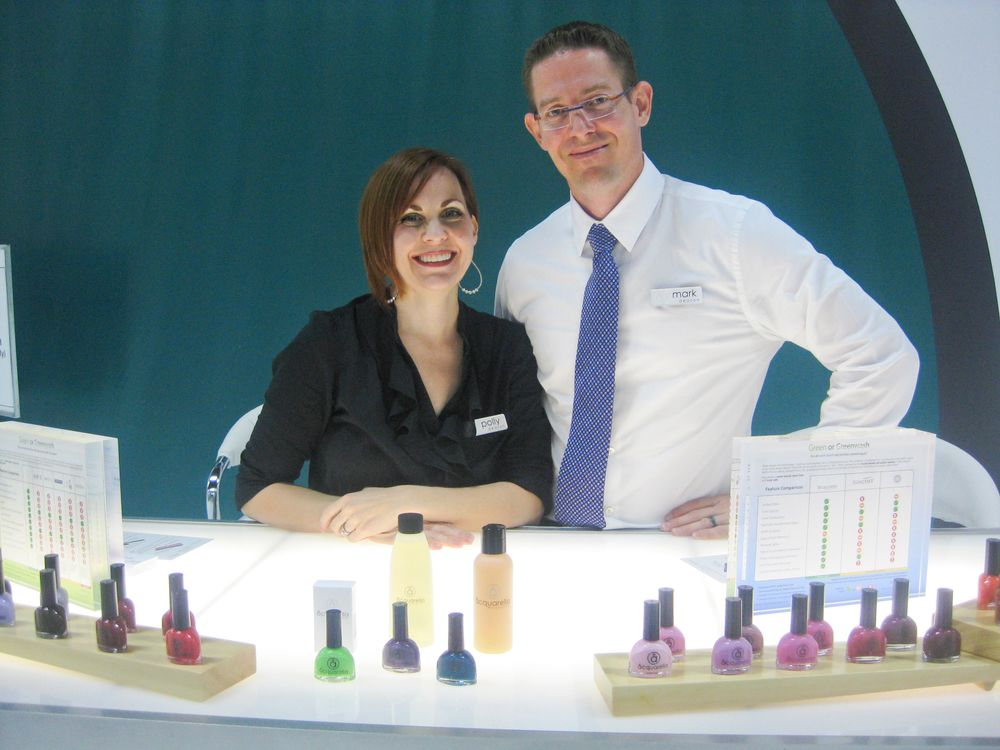 <p>Polly and Mark Deason explained the differences between Acquarella Water Based Nail Products and other water-based polishes.</p>