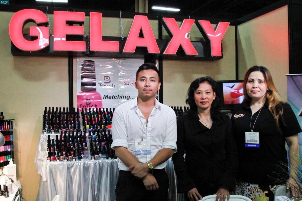 <p>Gelaxy's Thai Thach, Carol Tran, and Sally Pham</p>