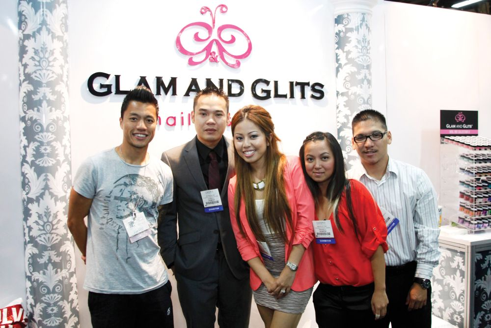 <p>London-based supplier Cuong Trinh (left) met with Glam and Glits&rsquo; Michale Duong, Ana Katrina Tan, Michelle Tran, and Jason Le.</p>