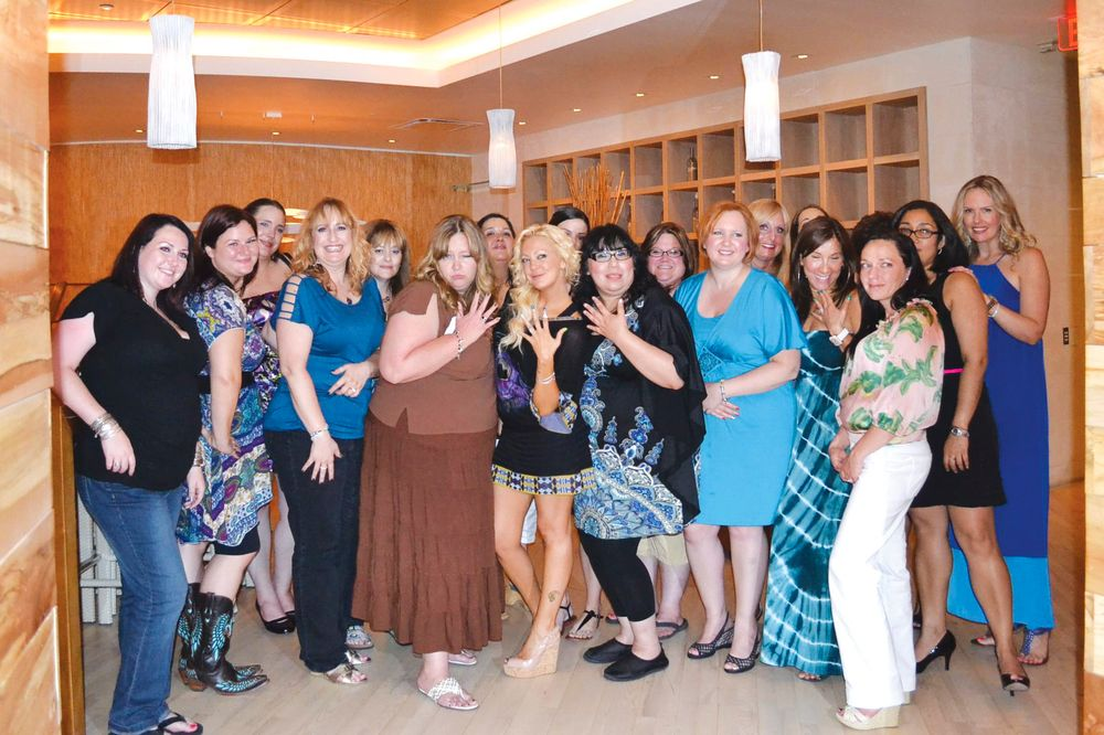 <p>Beauty bloggers enjoyed a dinner and networking with salon owner Katie Cazorla, reality star of The Nail Files, after the show floor closed for the day. (Photo courtesy of Krystal Seidel)</p>