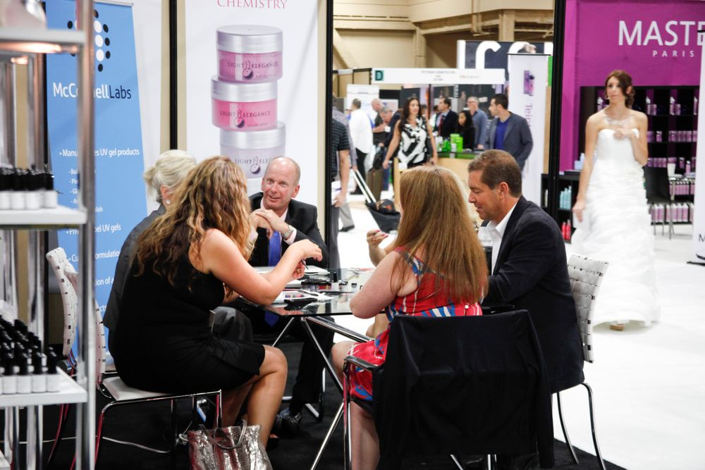 <p>The NAILS team, along with Bobit Business Media CEO Ty Bobit, met with Light Elegance's Jim and Lezlie McConnell.</p>
