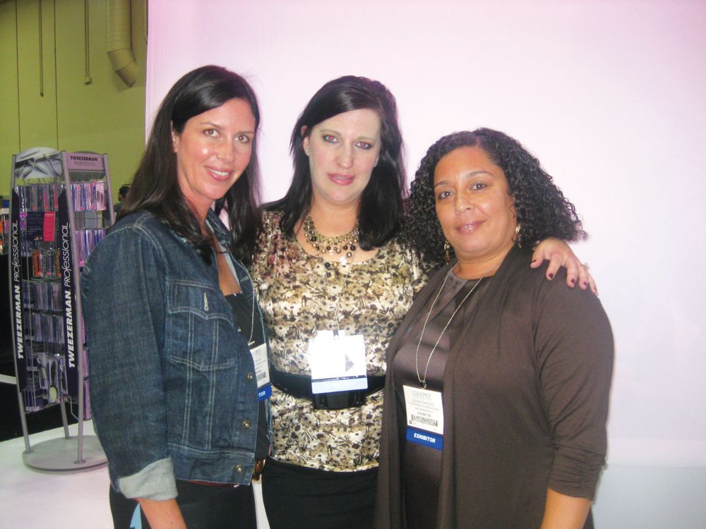 <p>Tweezerman&rsquo;s Celes Ybarra, Maureen Beresford, and Susie Santiago talked up the company&rsquo;s new products.</p>