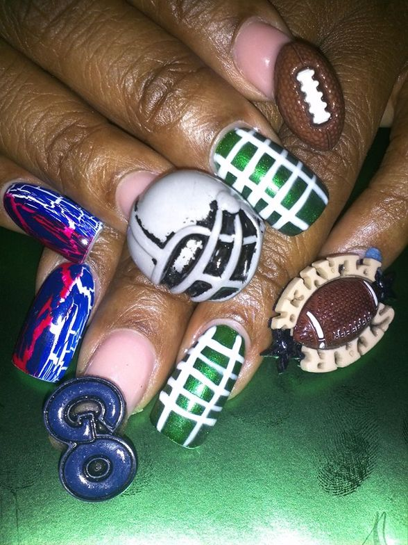 <p>3-D football nail art by&nbsp;Marlene Pryor&nbsp;</p>