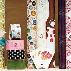 Retail Boutique: Gift Wrap