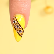 How to Shape the Perfect Almond Nail