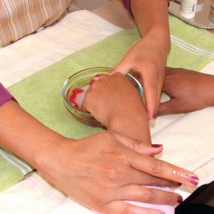 Hydrate Manicure