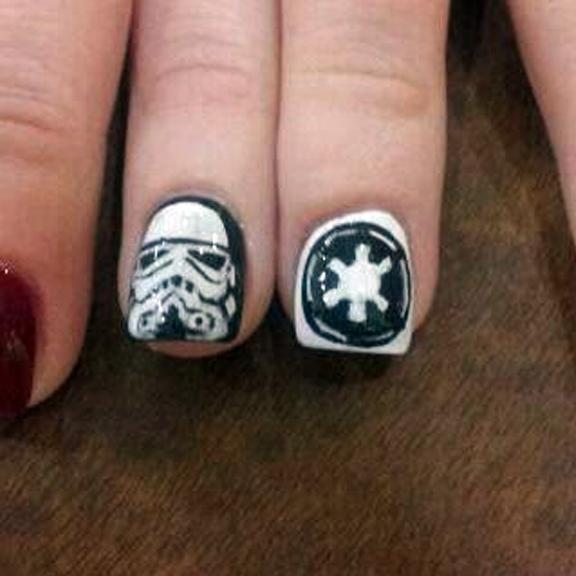 "<p>Stormtrooper and Imperial Insignia nails by <a href=""http://nailartgallery.nailsmag.com/lelan70"">Lelan70</a></p>"