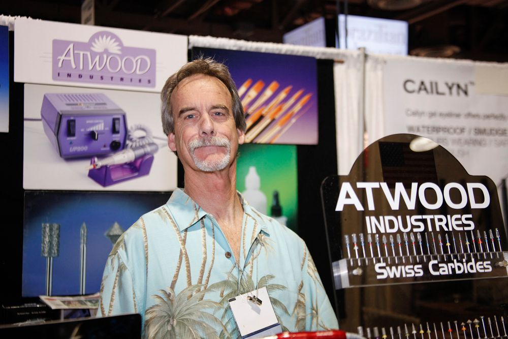 <p>Bruce Atwood from Atwood Industries promoted his e-file bits and drills.</p>