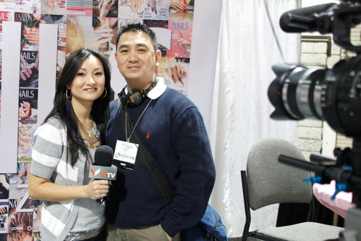 <p>VietFaceTV on location host Ann Chang and cameraman Tom Ho made their rounds on the show floor to cover the latest trends for the Vietnamese home audience.</p>