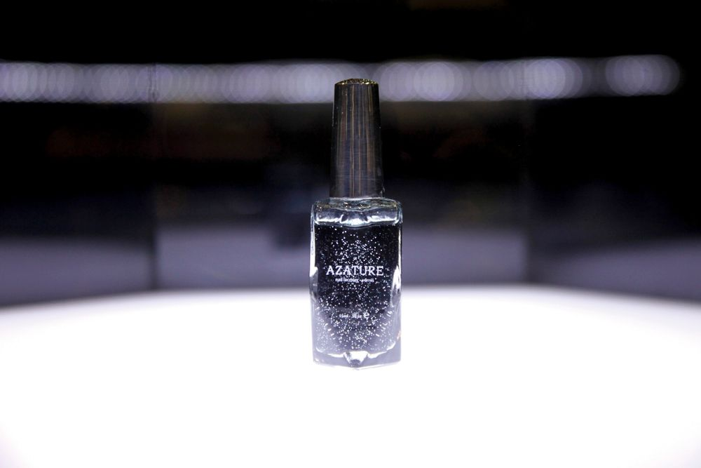 "<p><a href=""http://www.azature.com"">Azature</a> ""Black Diamond"" polish contains 267-karats of black diamond and is worth $250,000.</p>"