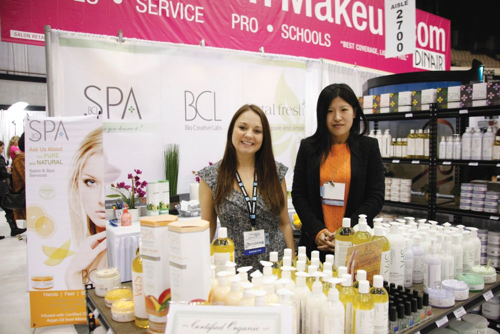 <p>Domestic sales coordinator Rachel Mills and international sales coordinator Miranda Wang promoted Bio Creative Labs&rsquo; Spa Organics line of lotions, scrubs, and massage oils.</p>