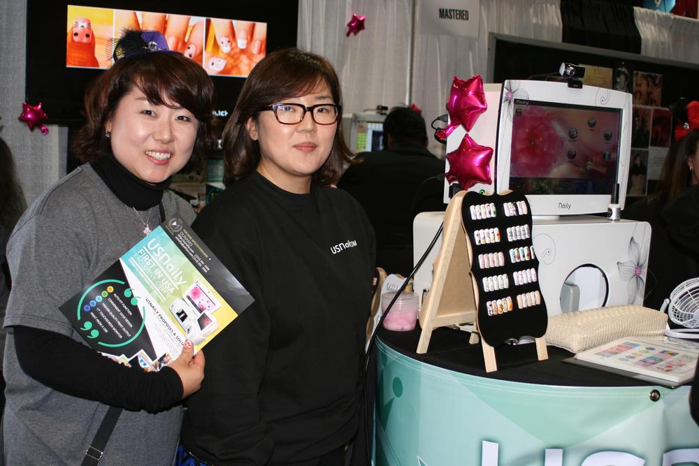 <p>US Naily's Casey Lee and CEO Jennifer Jang</p>