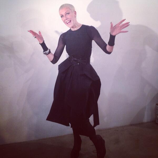 "<p>Jan Arnold arriving at The Blonds runway show. (Image via <a href=""https://twitter.com/CNDWorld"">CND's Twitter</a>)</p>"