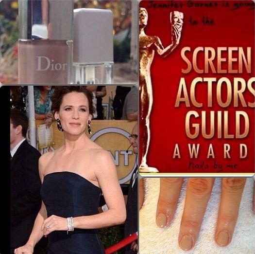 <p>Tracey Sutter used Dior Beige Safari to bedeck Jennifer Garner's nails for the SAG Awards. Image via @tlsutter.</p>