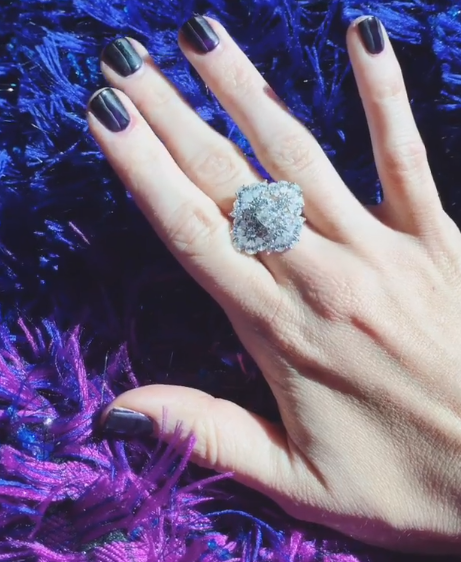 """<p>Country singer Kacey Musgroves wore a dark shade to accent her Grammy&nbsp;&nbsp;jewelry.</p> <p>Image via <a href=""""https://www.instagram.com/p/BB0tzogjm1l/?taken-by=spaceykacey"""" target=""""_blank"""">@spaceykacey</a></p>"""